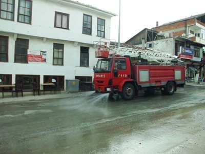 Taraklı'da Ankara Caddesi toz duman