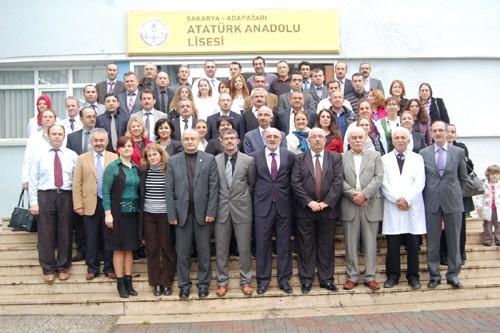 Atatürk Lisesi'nde Öğretmenler Günü Kutlaması