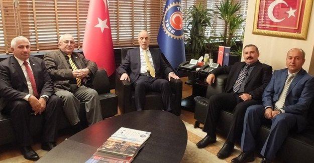 Muhtarlardan Türk-İş Genel Başkan Atalay'a ziyaret