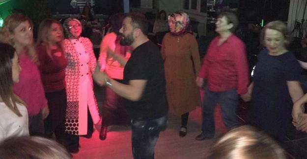 Sakaryalı kadınlara 8 Mart'a özel müzik ziyafeti
