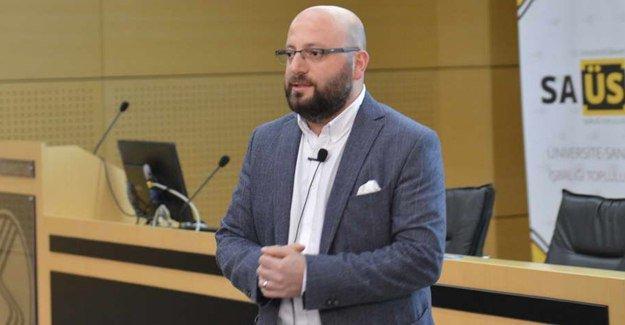 """SAÜ'de """"E-Ticaret ve Sosyal Medya"""" zirvesi"""