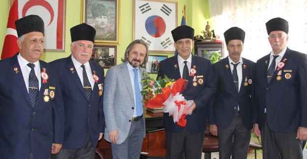 Başkan Kazan'dan gazilere ziyaret