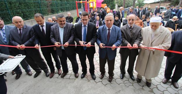 Altındere'de Bekir Coşkun Kuran Kursu dualarla açıldı