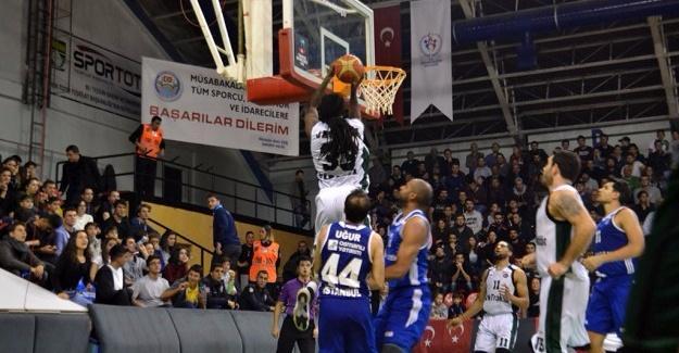 Büyükşehir Basket Acıbadem'e şans vermedi