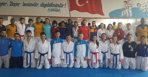 Ekvator Karate Milli Takımı Hendek'te