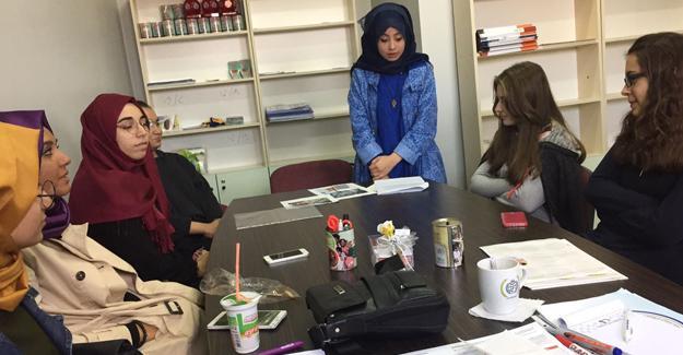 Gençler Suriye'yi konuştu