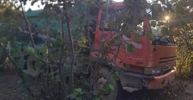 Kamyon şoförü hayatını kaybetti