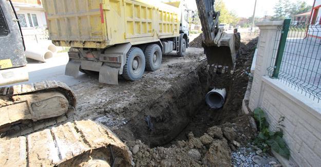 Konuralp Mahallesi'nin yağmur suyu sorunu çözülüyor