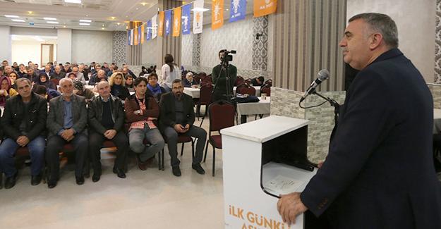 AK Parti Serdivan Danışma Meclisi yapıldı
