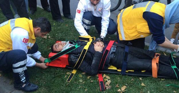 Atatürk Bulvarında kaza 2 yaralı