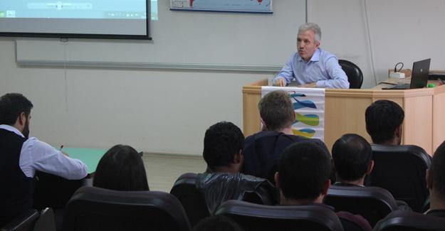 Prof. Sofuoğlu uluslararası öğrencilerle bir araya geldi