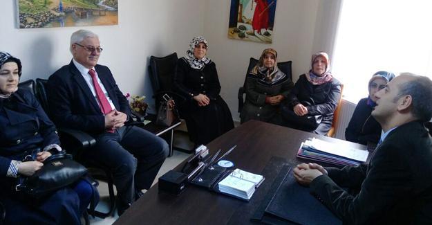 AK Parti Adapazarı'ndan OÇEM'e ziyaret