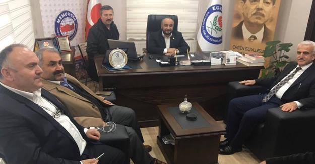 Milletvekili Halil Etyemez'den Eğitim-Bir-Sen'e ziyaret