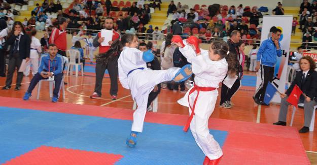 Hendek'te Gaffar Okkan anısına turnuva yapılacak