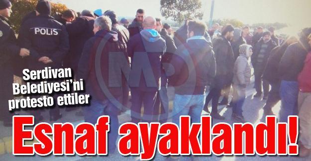 Serdivan Belediyesi'ni protesto ettiler