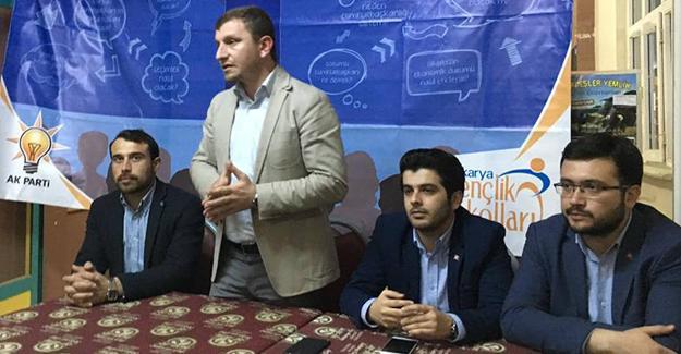 Gençlerin Kürsüsü Serdivan'da kuruldu