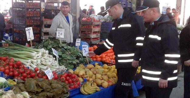 Sapanca'da pazaryeri denetimleri sürüyor