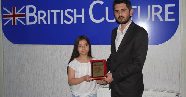 İngilizcenin en iyileri ödülleri aldı