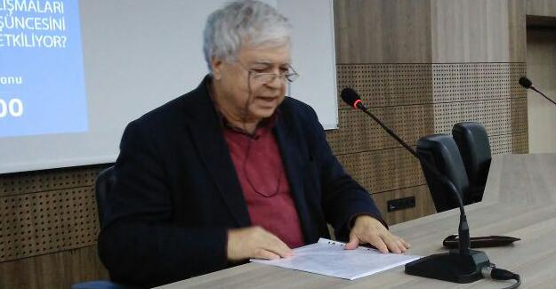 Prof. Tekeli SAÜ'de konferans verdi
