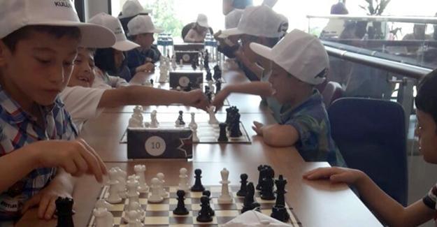 Satranç ustaları bu turnuvada yarıştı