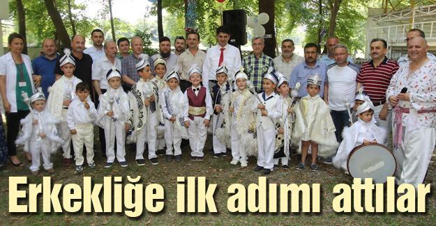 Akyazı'da geleneksel sünnet şöleni coşkusu