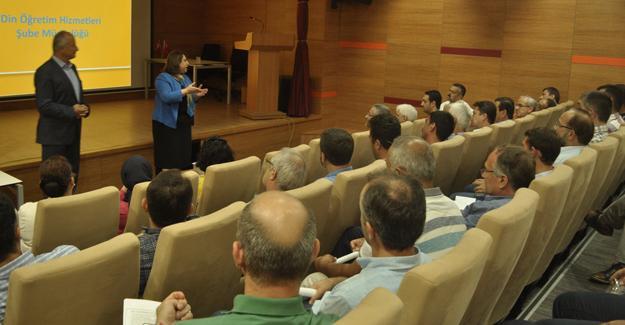 Okul Müdürleriyle değerlendirme toplantısı yapıldı