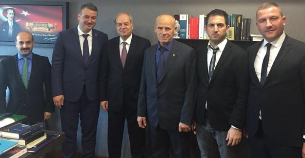 AK Parti Serdivan'dan Milletvekillerine ziyaret