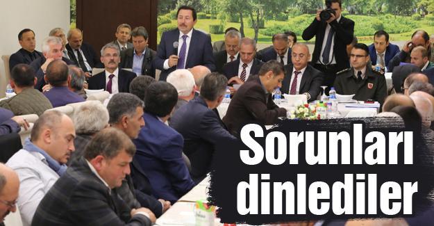 Vali Balkanlıoğlu ve Başkan Dişli muhtarlarla buluştu