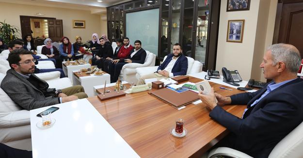 AK Parti gençlikten Başkan Dişli'ye ziyaret