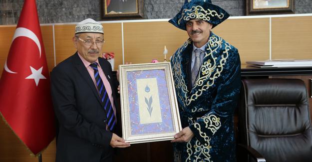 Kardeş ülke Kazakistan'dan Başkan Alemdar'a ziyaret