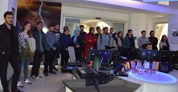 SEDAŞ'ın Çağrı ve SCADA merkezi öğrencilere tanıtıldı