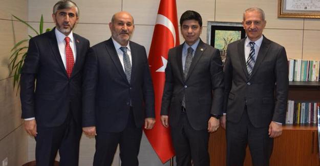 Başkan Püsküllü Ankara'da