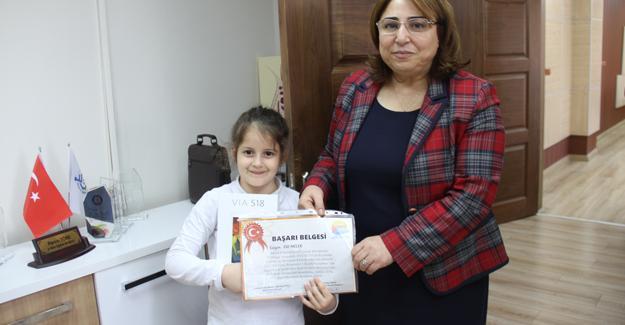 Resim yarışmasında Türkiye 1.'si oldu