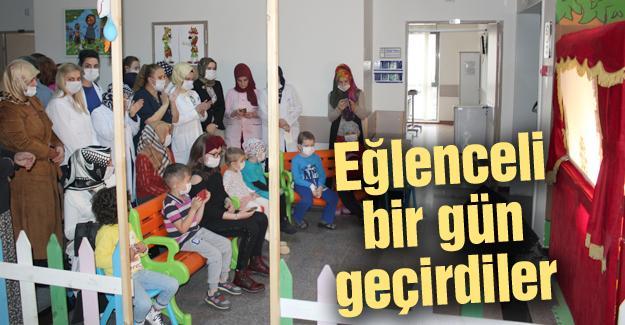 Çocuk hastalar Karagöz Hacivat'la moral buldu