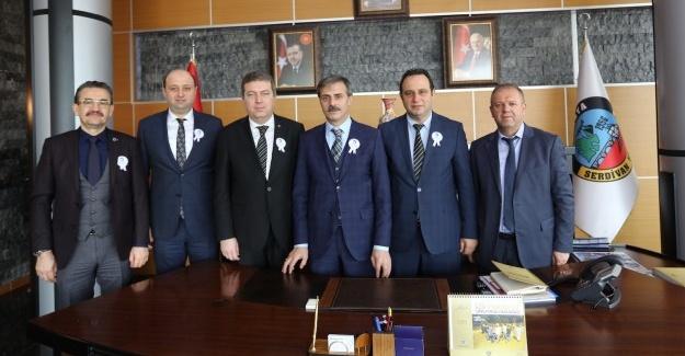 Sakarya SMMMO'dan, Başkan Alemdar'a ziyaret