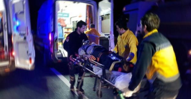 TIR'la otomobil çarpıştı! 1 ölü 3 yaralı
