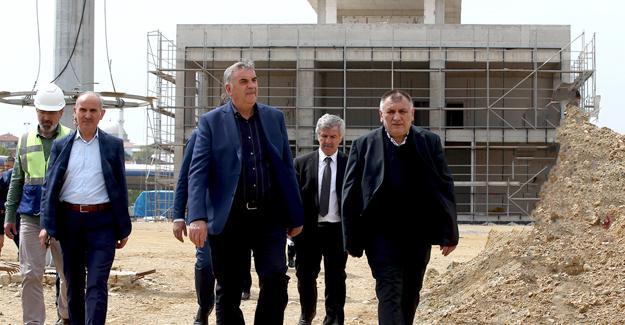 Başkan Toçoğlu incelemelerde bulundu