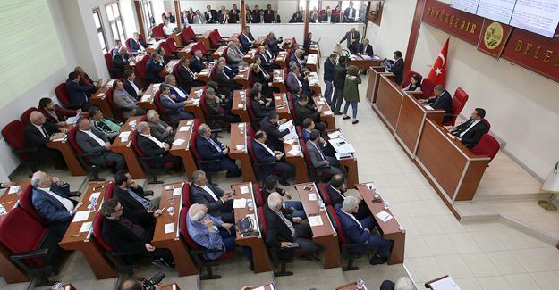 Büyükşehir Meclisi'nde 84 madde görüşüldü