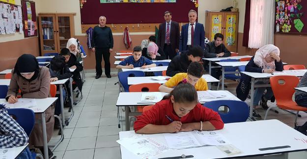 Suriyeli çocuklara Türkçe yeterlilik sınavı yapıldı