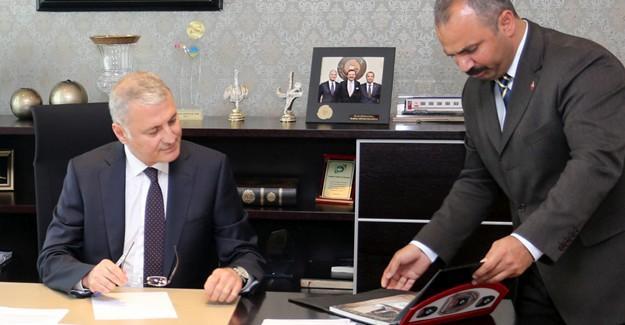 Başkan Altuğ'a ziyaretler sürüyor