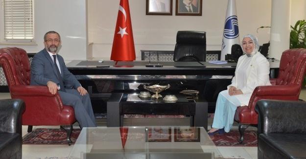 Milletvekili Atabek'ten, Rektör Savaşan'a ziyaret