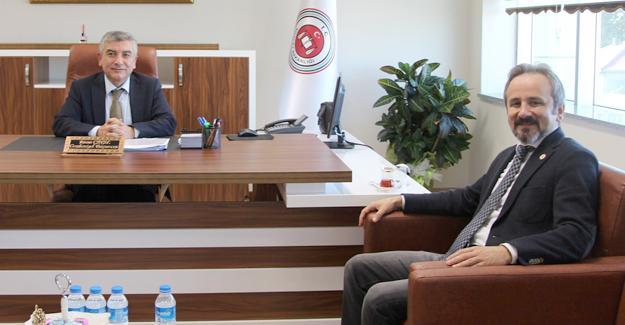 Başkan Kazan veda ziyaretlerine yargı camiası ile başladı