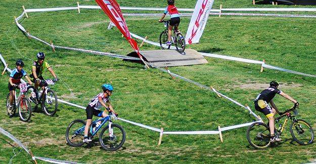 Şampiyona Ayçiçeği Bisiklet Vadisi'nde başlıyor
