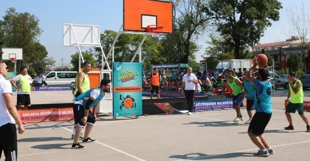 Sokakta basketbolu heyecanı sona erdi