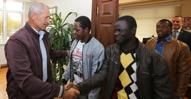 SAÜ Afrokarya'dan Başkan Dişli'ye ziyaret