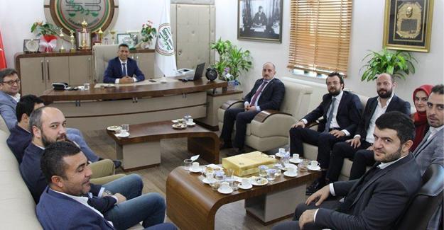 AK Parti İl Yönetiminden Baro'ya ziyaret