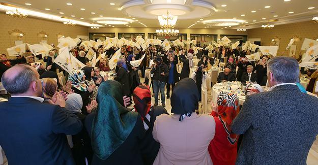 AK Parti Kadın Kolları ilçe yönetimleri toplandı