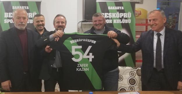 Zafer Kazan Beşköprü'de konuştu