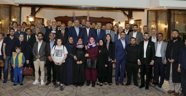 AK Parti Adapazarı Danışma Meclisi yapıldı
