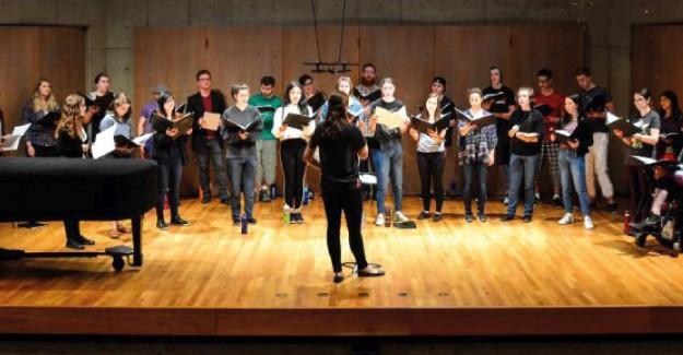 Gençlik Korosu genç seslerini arıyor